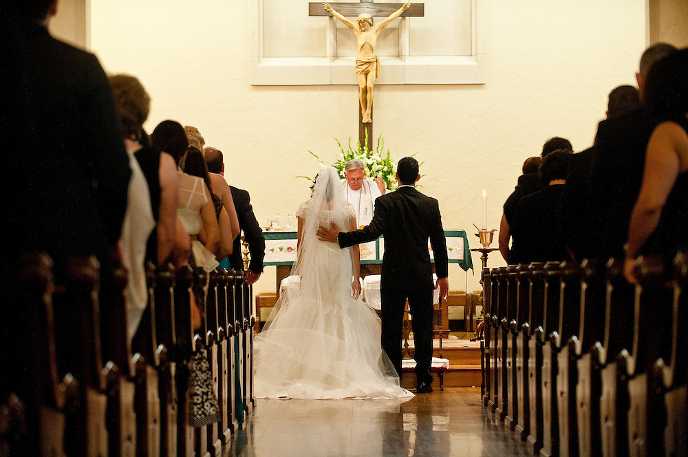 10/9/11 5:41:45 PM -- Zarines Negron and Abelardo Mendez III wedding Sunday, October 9, 2011. Photo©Mark Sobhani Photography