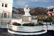 SARNO. IL MONUMENTO DEDICATO ALLE VITTIME DELL'ALLUVIONE DI SARNO DEL 1998 CHE PROVOCO' LA MORTE DI 137 PERSONE
