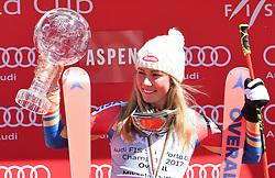 19.03.2017, Aspen, USA, FIS Weltcup Ski Alpin, Finale 2017, Siegerehrung, im Bild Mikaela Shiffrin (USA, Gewinnerin des Slalom uns des Gesamt Weltcups) mit der Kristrallkugel für den Gesamtweltcupsieg // winner of the Slalom and the Overall World Cup Mikaela Shiffrin of the USA With the crystal globe for the ladie's overall World Cup during the winner award ceremony for the overall winner of 2017 FIS ski alpine world cup finals. Aspen, United Staates on 2017/03/19. EXPA Pictures © 2017, PhotoCredit: EXPA/ Erich Spiess