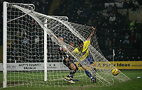 Photo: Paul Thomas.<br /> Notts County v Hereford United. Coca Cola League 2. 22/12/2006.<br /> <br /> Tim Sills (Yellow) of Hereford scores.