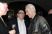 NICK DAVIES; TOM WATSON, The 2011 Groucho Club Maverick Award. The Groucho Club. Soho, London. 14 November 2011. <br /> <br />  , -DO NOT ARCHIVE-© Copyright Photograph by Dafydd Jones. 248 Clapham Rd. London SW9 0PZ. Tel 0207 820 0771. www.dafjones.com.