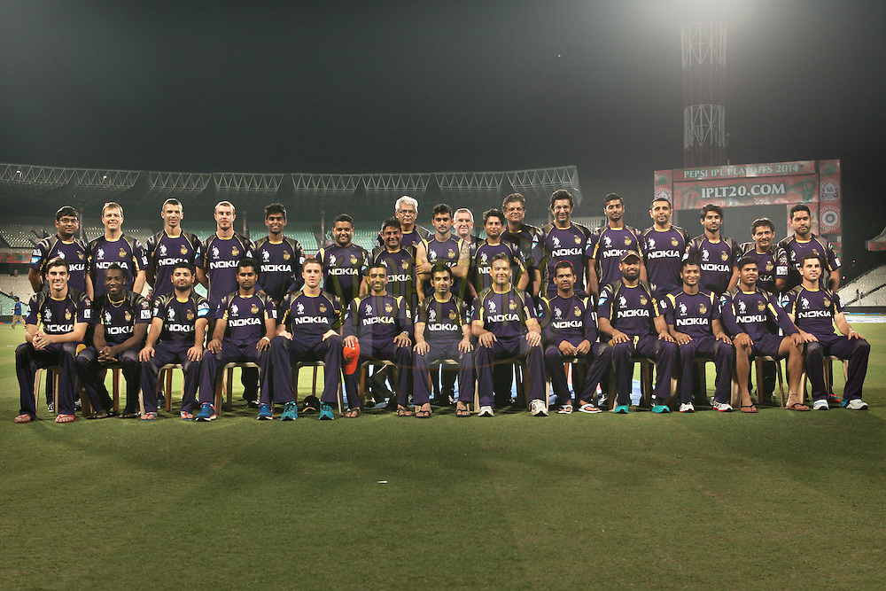 KKR team with support stuff during the first qualifier match (QF1) of the Pepsi Indian Premier League Season 2014 between the Kings XI Punjab and the Kolkata Knight Riders held at the Eden Gardens Cricket Stadium, Kolkata, India on the 28th May  2014<br /> <br /> Photo by Saikat Das / IPL / SPORTZPICS<br /> <br /> <br /> <br /> Image use subject to terms and conditions which can be found here:  http://sportzpics.photoshelter.com/gallery/Pepsi-IPL-Image-terms-and-conditions/G00004VW1IVJ.gB0/C0000TScjhBM6ikg