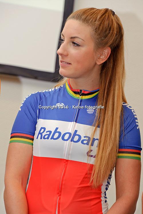 13-01-2016: Wielrennen: Ploegenpresentatie Rabo Liv Cyclingteam: Papendal: Arnhem: Ladies Cycling: Dames Wielrennen: Pauline Ferrand Prevot