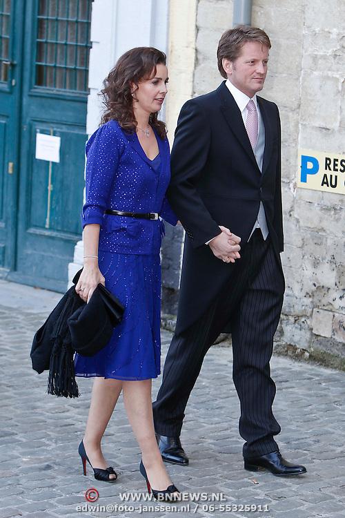 BEL/Brussel/20101120 - Huwelijk prinses Annemarie de Bourbon de Parme-Gualtherie van Weezel en bruidegom Carlos de Borbon de Parme, prins Pieter Christiaan en partner Anita van Eijk