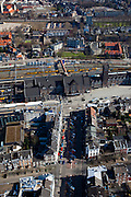 Nederland, Limburg, Maastricht, 07-03-2010;  spoorwegstation, met Stationsstraat (onder) en Parallelweg (l) en Spoorweglaan (r).Railwaystation in Wyck quarter.luchtfoto (toeslag), aerial photo (additional fee required);.foto/photo Siebe Swart