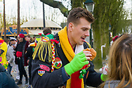 Nederland, Den Bosch, 20180210.<br /> Carnaval in Oeteldonk.<br /> Verklede carnavalvierders vieren feest op straat.<br /> <br /> <br /> Netherlands, Den Bosch, 20180210.<br /> Carnival in Oeteldonk.<br /> People dressed up in costumes have a party in the streets