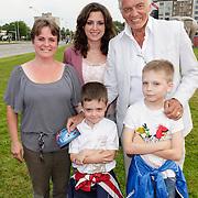 NLD/Amsterdam/20120813 - Premiere Sensations van Circus Herman Renz, Ben Cramer en kinderen oa met dochter Shanney