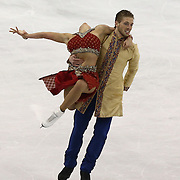 Alexandra Aldridge and Daniel Eaton compete during the 2014 US Figure Skating Championships at the TD Garden on January 11, 2014 in Boston, Massachusetts.