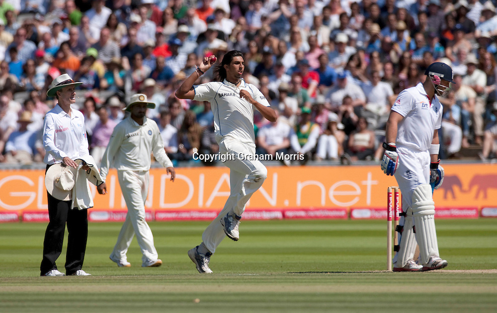 Ishant Sharma bowls during the first npower Test Match between England and India at Lord's Cricket Ground, London.  Photo: Graham Morris (Tel: +44(0)20 8969 4192 Email: sales@cricketpix.com) 24/07/11