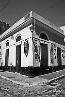 San Sebastian street corner building - bar
