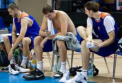 Bostjan Nachbar, Primoz Brezec and Erazem Lorbek at practice of Slovenian National Basketball team in Arena Torwar two days before the beginning of the Eurobasket 2009, on September 05, 2009 in Warsaw, Poland. (Photo by Vid Ponikvar / Sportida)