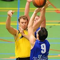 HELLENDOORN - Valley Bucketeers v Uitsmijters.Aanval VB.Editie: Sport.ffu press agency©2010frank uijlenbroek.TT20100129.