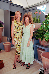 Th 2010 Royal Horticultural Society Chelsea Flower show in the grounds of Royal Hospital Chelsea, London on 24th May 2010.<br /> <br /> Picture shows:- SUZANNE WYMAN and JERRY HALL