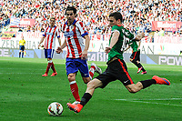 Atletico de Madrid´s Tiago Cardoso and Athletic Club´s Oscar de Marcos during 2014-15 La Liga match between Atletico de Madrid and Athletic Club at Vicente Calderon stadium in Madrid, Spain. May 02, 2015. (ALTERPHOTOS/Luis Fernandez)