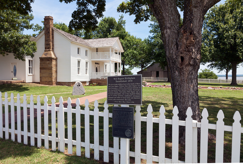 "Oologah, Oklahoma:   ""White House on the Verdigris River"" is preserved as the birthplace of American humorist Will Rogers.  His birthplace is located two miles east of Oologah, Oklahoma. The house was moved about ¾ mile (1.2 km) to its present location overlooking its original site when the Verdigris River valley was flooded to create Oologah Lake."
