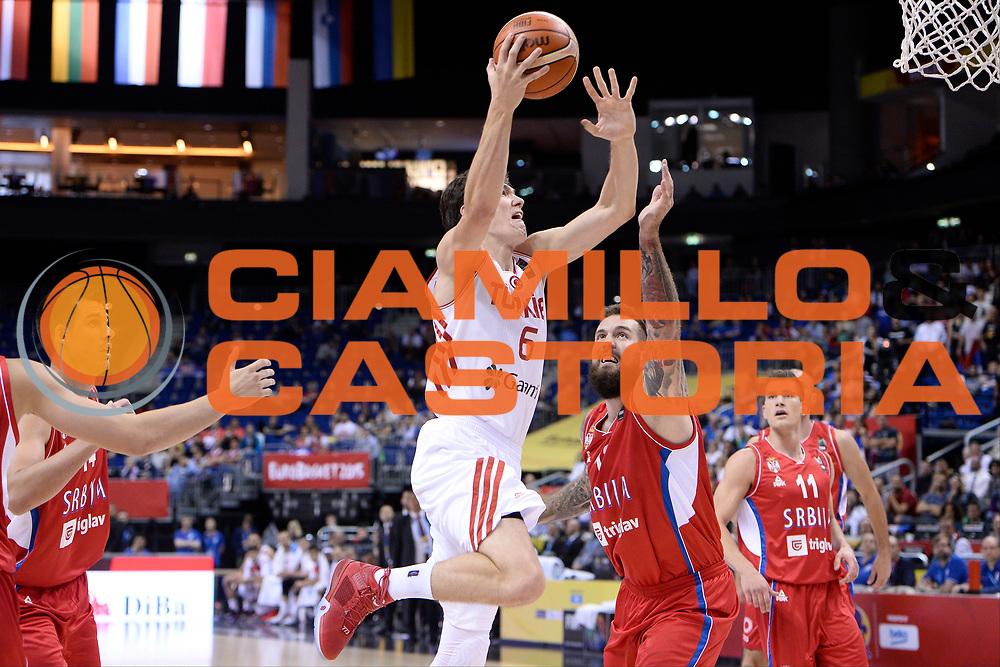DESCRIZIONE : Berlino Berlin Eurobasket 2015 Group B Turkey Serbia<br /> GIOCATORE :  Cedi Osman<br /> CATEGORIA : Tiro difesa<br /> SQUADRA : Turkey<br /> EVENTO : Eurobasket 2015 Group B <br /> GARA : Turkey Serbia<br /> DATA : 09/09/2015 <br /> SPORT : Pallacanestro <br /> AUTORE : Agenzia Ciamillo-Castoria/I.Mancini <br /> Galleria : Eurobasket 2015 <br /> Fotonotizia : Berlino Berlin Eurobasket 2015 Group B Turkey Serbia