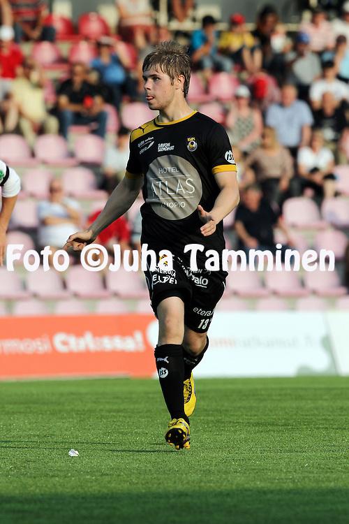 8.7.2012, Saviniemen stadion, Myllykoski, Kouvola..Veikkausliiga 2012..Myllykosken Pallo-47 - Kuopion Palloseura..Aleksi Paananen - KuPS