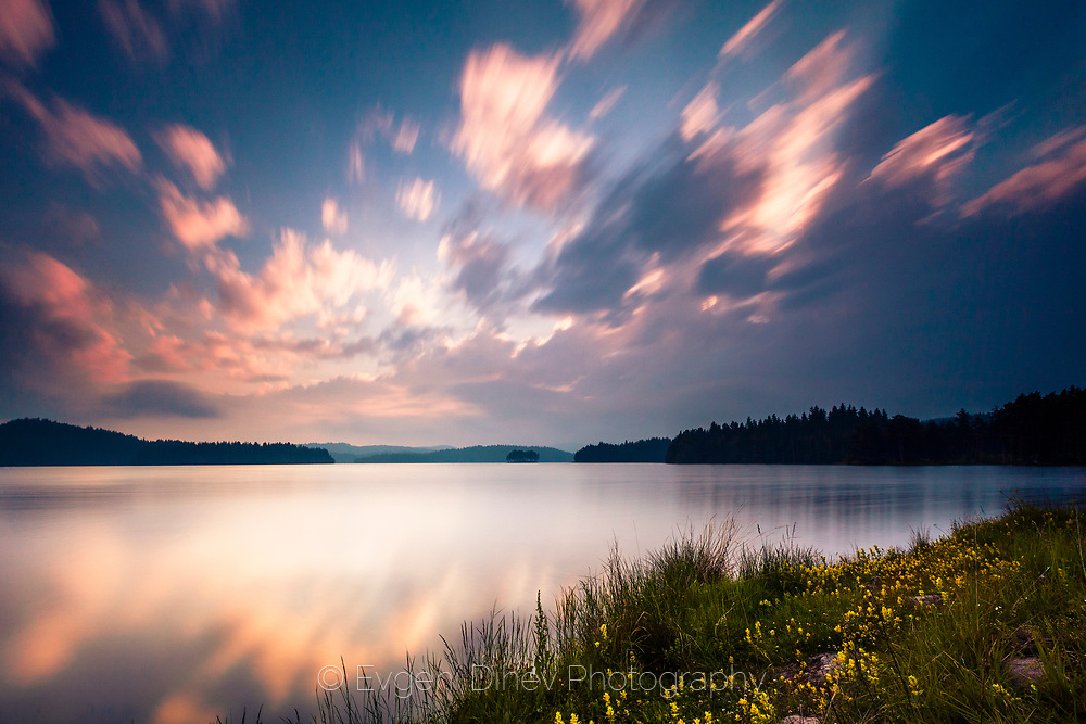 Shiroka Polyana lake in June