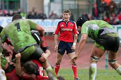 Ronan O'Gara screams at his team mates. Montauban v Munster,  Heineken Cup Pool A match in Montauban, France.