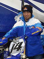 Mantova , 110207 , Starcross Seasonopener  Erstes Kraeftemessen der internationalen Motocrosselite beim Starcross in Mantova.  Marc DE REUVER (Yamaha , BEL)