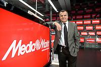 16 DEC 2008, BERLIN/GERMANY:<br /> Leopold Stiefel, Unternehmer, Mitbegruender der Elektrogrossmarktkette Media Markt, ehem. Geschaeftsfuehrer und Gesellschafter der Media-Saturn-Holding, im Media Markt, Alexia Einkaufszentrum, Alexanderplatz<br /> IMAGE: 20081216-01-029