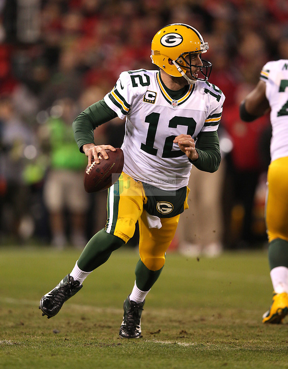 Green Bay Packers quarterback Aaron Rodgers (12) passes against the San Francisco 49ers during a NFL Divisional playoff game at Candlestick Park in San Francisco, Calif., on Jan. 12, 2013. The 49ers defeated the Packers 45-31. (AP Photo/Jed Jacobsohn)