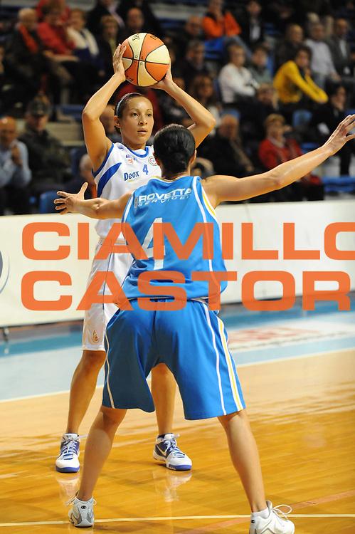 DESCRIZIONE : Faenza LBF Club Atletico Faenza GMA Phonica Pozzuoli<br /> GIOCATORE : Adriana Moises Pinto<br /> SQUADRA : Club Atletico Faenza<br /> EVENTO : Campionato Lega Basket Femminile A1 2009-2010<br /> GARA : Club Atletico Faenza GMA Phonica Pozzuoli<br /> DATA : 24/10/2009 <br /> CATEGORIA : <br /> SPORT : Pallacanestro <br /> AUTORE : Agenzia Ciamillo-Castoria/M.Marchi