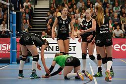 20180425 NED: Eredivisie Sliedrecht Sport - Coolen Alterno, Sliedrecht <br />(L-R) Teleurstelling bij speelsters Coolen Alterno<br />©2018-FotoHoogendoorn.nl / Pim Waslander
