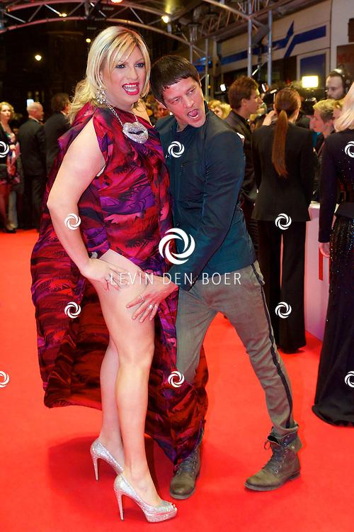 AMSTERDAM - In het Tuschinski theater is de nieuwe Nederlandse film 'Harten Straat' in premiere gegaan. Met op de rode loper   Mayday en Tygo Gernandt. FOTO LEVIN DEN BOER - PERSFOTO.NU
