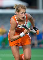 BOOM - Carlien Dirkse van den Heuvel tijdens de eerste poule wedstrijd van Oranje tijdens het Europees Kampioenschap hockey   tussen de vrouwen Nederland en Ierland (6-0). ANP KOEN SUYK