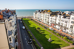 © Licensed to London News Pictures. 24/03/2020. Brighton, UK. A virtually deserted Kemptown in Brighton and Hove as the UK Government has imposed a country wide lockdown. Photo credit: Hugo Michiels/LNP