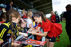 NEWPORT, WALES - Thursday, August 30, 2018: Wales' Ffion Morgan signs autographs for young supporters after a training session at Rodney Parade ahead of the final FIFA Women's World Cup 2019 Qualifying Round Group 1 match against England. (Pic by David Rawcliffe/Propaganda)