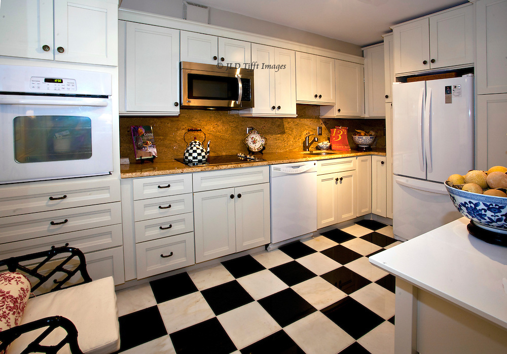 black and white check kitchen accessories new kitchen jld tifft images 9266