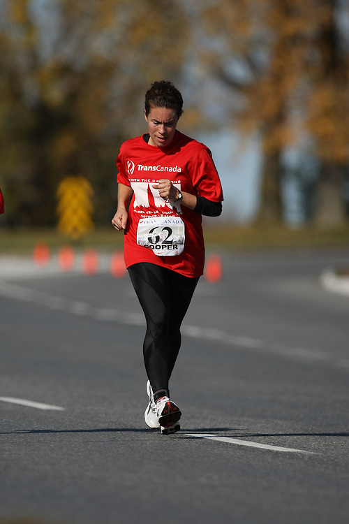 (Ottawa, ON---18 October 2008) CINDY COOPER competes in the 2008 TransCanada 10km Canadian Road Race Championships. Photograph copyright Sean Burges/Mundo Sport Images (www.msievents.com).