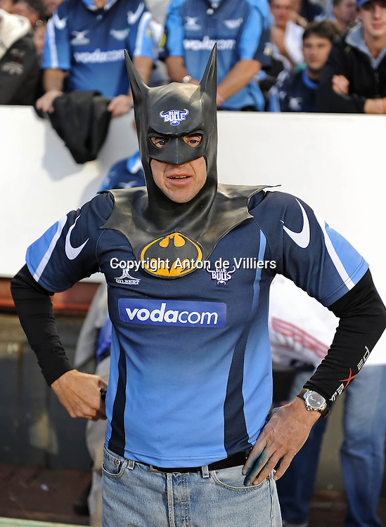 Even Batman turned Blue.<br /> Rugby - 090530 - Super 14 - FINAL - Vodacom Bulls vs Chiefs - LOFTUS - Pretoria - South Africa. The Bulls won 61 - 17.<br /> Photographer : Anton de Villiers / SASPA