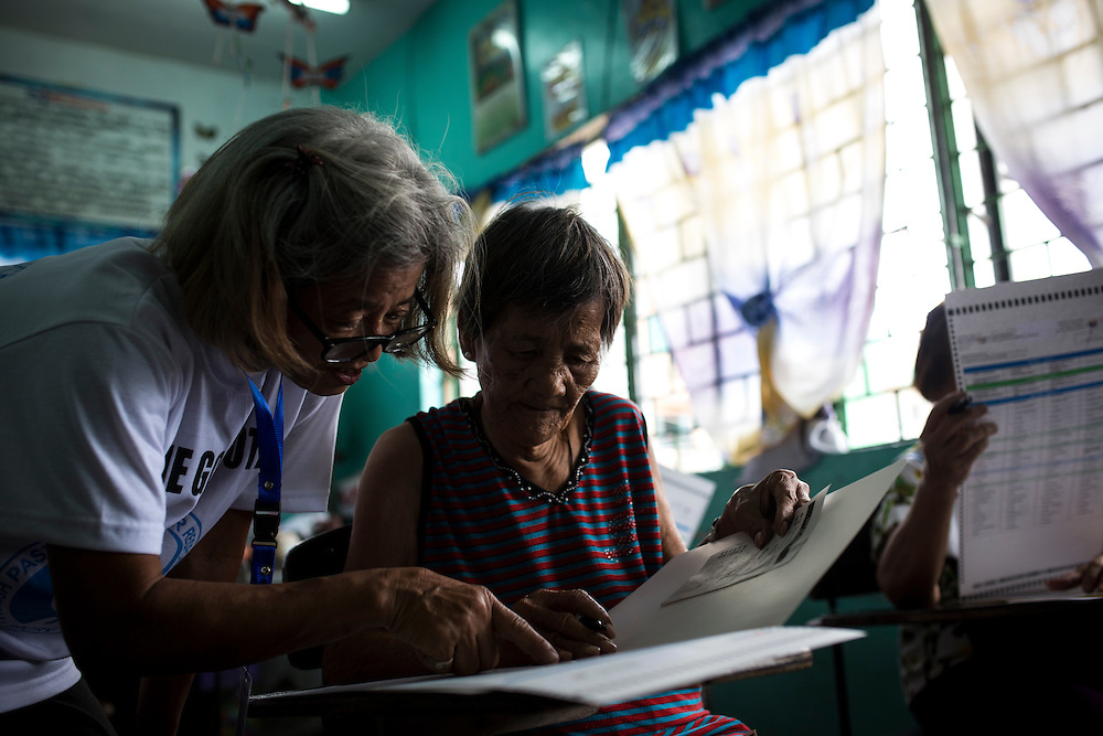 MANILA, PHILIPPINES - MAY 9: Residents cast their votes in country's presidential election at a polling station in Margarita Roxas de Ayala Elementary School, Manila, Philippines on Monday morning of May 9, 2016. <br /> <br /> Photo by Richard A. de Guzman