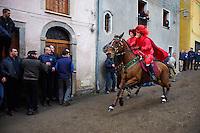 Italie. Sardaigne. Province de Nuoro. Carnaval à Santu Lussurgiu. Sa Carrela e Nainti. // Italy. Sardinia. Nuoro Province. Carnival at Santu Lussurgiu. Sa carrela e Nainti