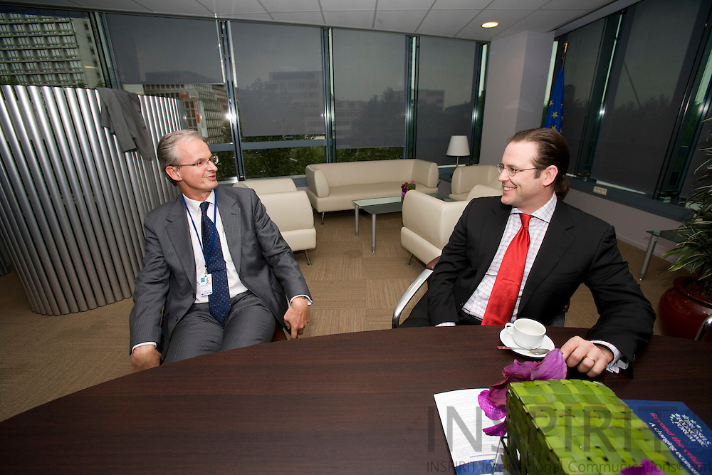 BRUSSELS - BELGIUM - 14 MAY 2009 -- The Swedish EU Ambassador ChristianDANIELSSON (Le) and Anders BORG (Ri), Minister of Finance, Sweden, having an meeting in the VIP room of the EC building Charlemagne.  Photo: Erik Luntang