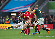 Twickenham, Great Britain, George NORTH, slips through the South African defence, during the Quarter Final 1 game, South Africa vs Wales.  2015 Rugby World Cup,  Venue, Twickenham Stadium, Surrey, ENGLAND.  Saturday  17/10/2015.   [Mandatory Credit; Peter Spurrier/Intersport-images]
