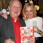 NLD/Hoorn/20111201- Boekpresentatie Sonja Bakker ' Winterslank ', Sonja Bakker met haar vader Theo Bakker