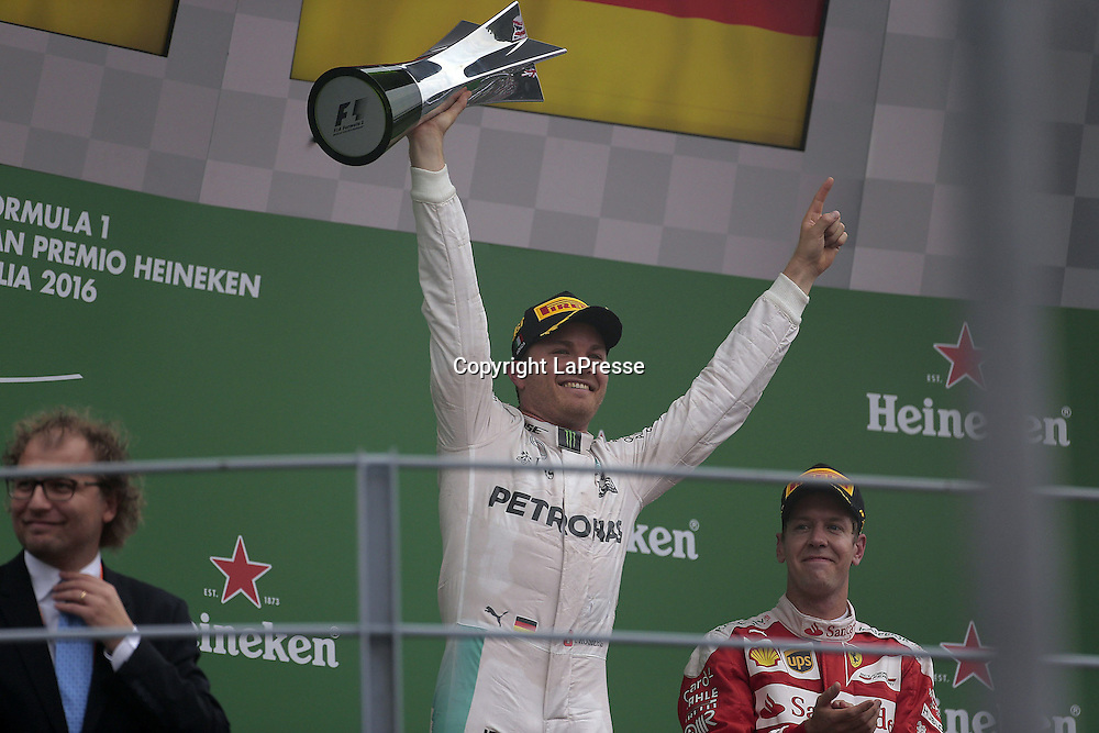 &copy; Photo4 / LaPresse<br /> 04/09/2016 Monza, Italy<br /> Sport <br /> Grand Prix Formula One Italia 2016<br /> In the pic: race winner Nico Rosberg (GER) Mercedes AMG F1 W07 Hybrid