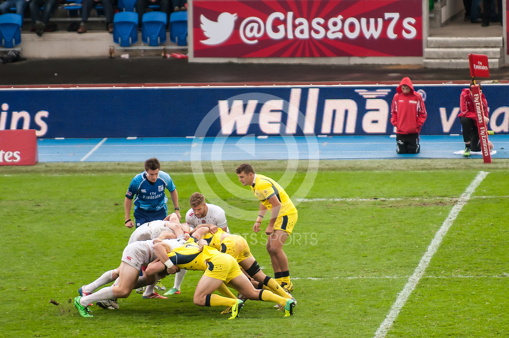 Action from the IRB Emirates Airline Glasgow 7s at Scotstoun in Glasgow. 4 May 2014. (c) Paul J Roberts / Sportpix.org.uk