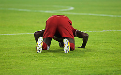 SEVILLE, SPAIN - Tuesday, November 21, 2017: Liverpool's Sadio Mane prays as he celebrates scoring the second goal during the UEFA Champions League Group E match between Sevilla FC and Liverpool FC at the Estadio Ramón Sánchez Pizjuán. (Pic by David Rawcliffe/Propaganda)