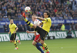 22.09.2012, Imtech Arena, Hamburg, GER, 1. FBL, Hamburger SV vs Borussia Dortmund, 4. Runde, im Bild Artjoms RUDNEVS (HSV) und Mats HUMMELS (BVB) // during the German Bundesliga 4th round match between Hamburger SV and Borussia Dortmund at the Imtech Arena, Hamburg, Germany on 2012/09/22. EXPA Pictures © 2012, PhotoCredit: EXPA/ Eibner/ Andre Latendorf..***** ATTENTION - OUT OF GER *****