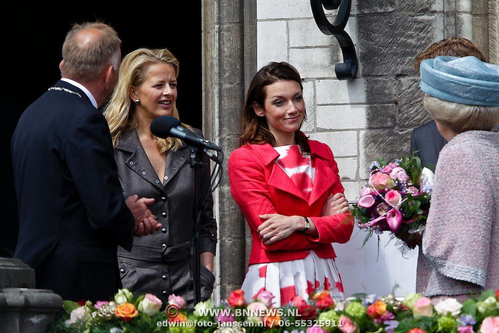 NLD/Middelburg/20100430 -  Koninginnedag 2010, Mabel, Aimee