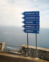 amalfi coast road sign