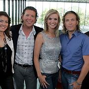NLD/Hilversum/20080814 - het beste Idee van Nederland 2008, Henkjan Smits en Tooske Breugem en juryleden