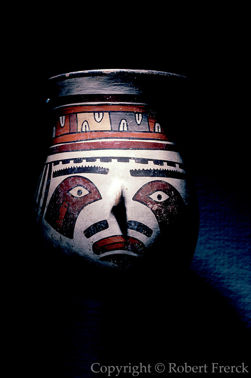 PERU, PREHISPANIC Nazca; ceremonial ceramic beaker