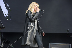 © Licensed to London News Pictures. 26/08/2017. Reading Festival 2017, Reading, UK. Main stage: The Pretty Reckless performing.  Taylor Momsen pictured.  Photo credit: Andy Sturmey/LNP