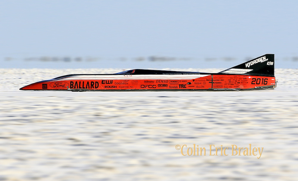 Ohio State University's hydrogen-powered racer rockets down down the track in a failed attempt to break a land speed record during Speed Week 8.20.08 at the Bonneville Salt Flats in Utah. Photo by Colin Braley